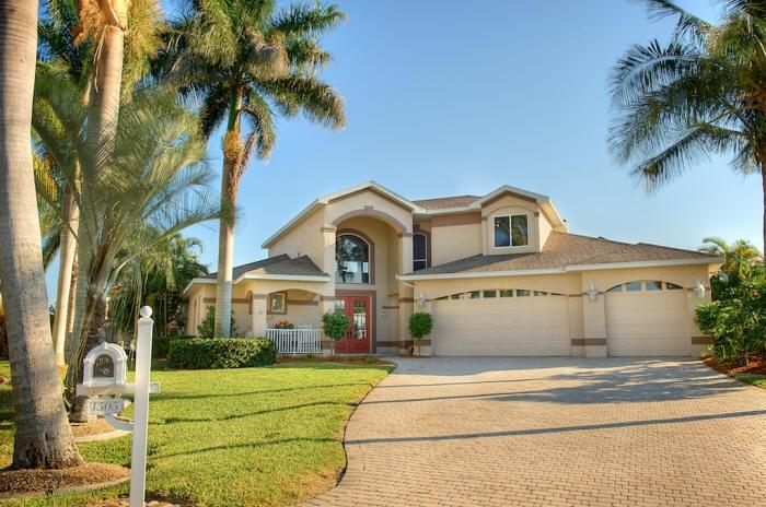 Villa Rainbow's End - Largest Lanai in Cape Coral! - Image 1 - Cape Coral - rentals