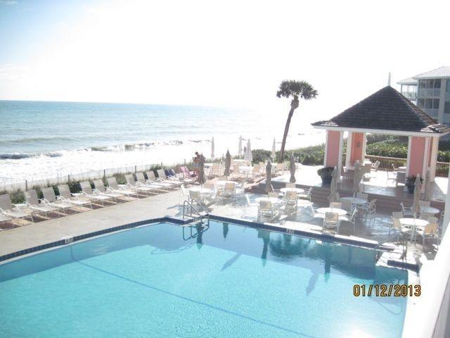 Warm up in Florida at Sea Oaks! 1 block from ocean - Image 1 - Vero Beach - rentals