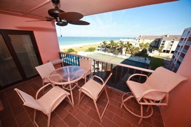 Reef Club 404 - Image 1 - Indian Rocks Beach - rentals