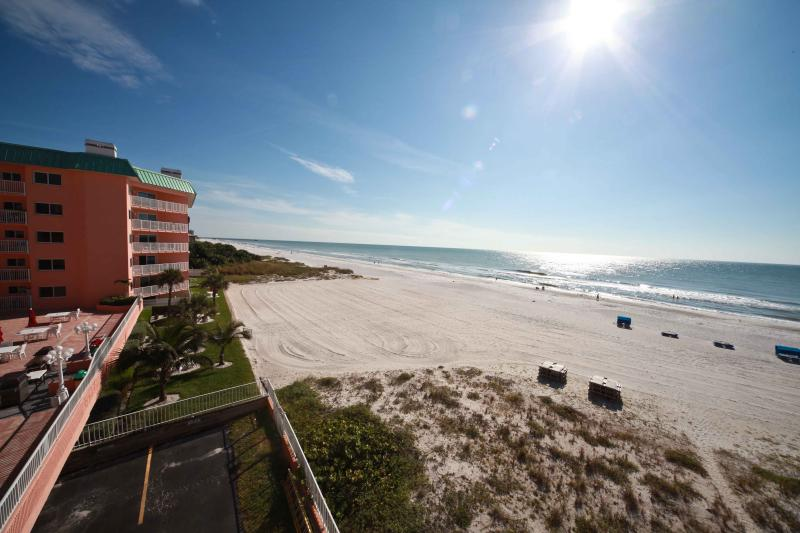 Beach Palms 305 - Image 1 - Indian Shores - rentals
