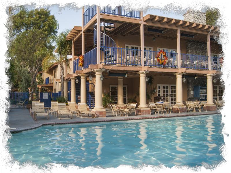 Luxury Dolphin's Cove Resort - Walk to Disneyland - Image 1 - Anaheim - rentals