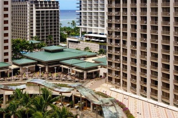 Beautiful Wyndham Condo at Waikiki Beach Walk - Image 1 - Honolulu - rentals