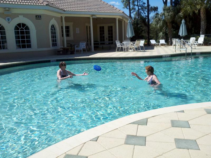 Club house pool. Workout facilities, family room, billiards and restrooms inside - Beautiful Naples Gated Community, Newly Furnished - Naples - rentals