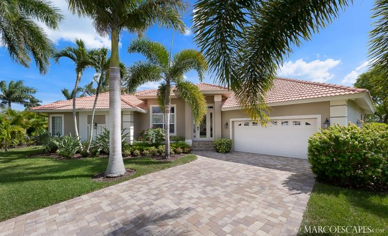 MISTLETOE COURT - Waterfront Tip w South Exposure! - Image 1 - Marco Island - rentals