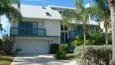 front of house - Siesta Isle Paradise - Fort Myers Beach - rentals