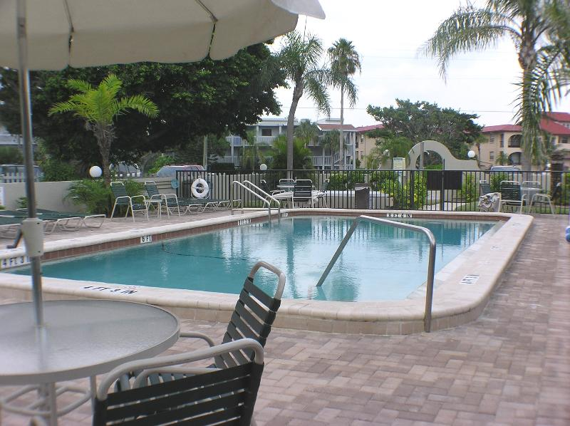 Oceanfront condo rental in Florida on Manasota Key - Image 1 - Englewood - rentals