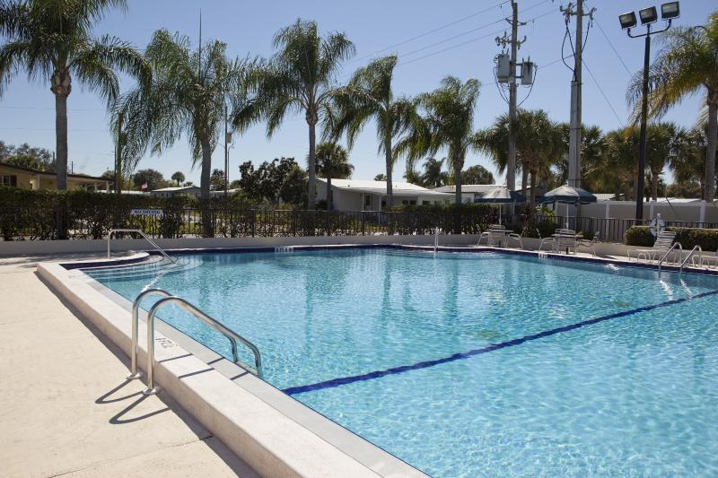 1 Bdrm Rental on Beautiful 55+ Resort in Sebring! - Image 1 - Sebring - rentals