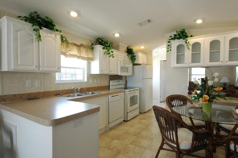 Cozy Cottage in Hudson! - Image 1 - Hudson - rentals