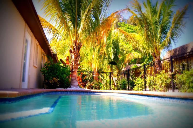 Villa Brisa Marina - Image 1 - Siesta Key - rentals