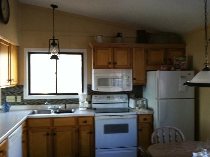 Fully functioning kitchen - Where 51 ends and the fun begins. - Hurley - rentals
