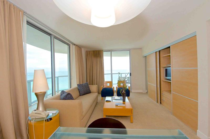 Stay on the beach in this luxury 2 Bedroom Condo - Image 1 - North Miami Beach - rentals