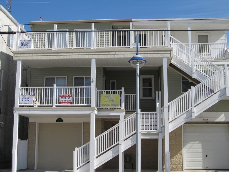3BR PetFriendly Condo Rental StepsAwayFromTheBeach - Image 1 - Wildwood - rentals