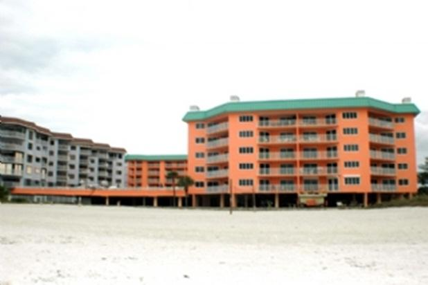 Beach Cottages I 207 - Image 1 - Indian Shores - rentals