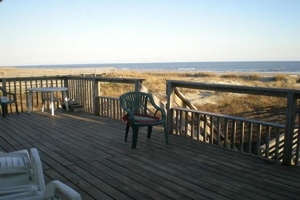 Beachfront charming house for all to enjoy - Image 1 - Folly Beach - rentals