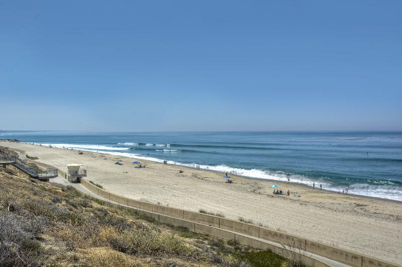 Just 1 block West to Cherry Beach! - Sun Suite - Swell Vacation Rentals! - Carlsbad - rentals