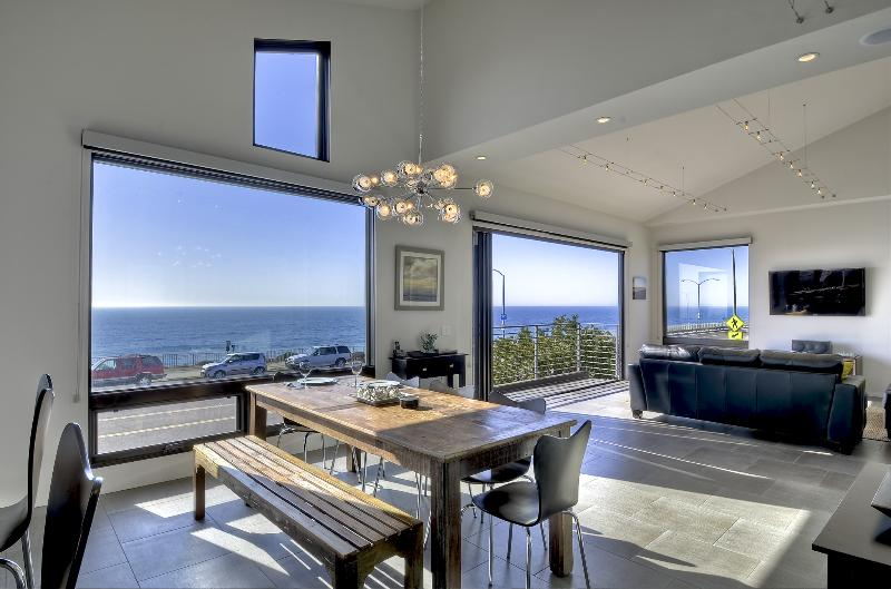 Welcome Home! - New Oceanfront Residence - Truly Spectacular! - Carlsbad - rentals