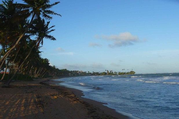 The beach is just a short walk away. - Spacious Villa Faces Manicured Golf Course-Beach - Humacao - rentals