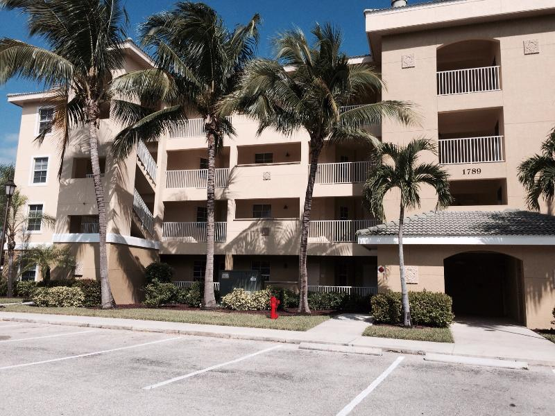 Cape Coral  3 bedroom unit in the gated community - Image 1 - Cape Coral - rentals