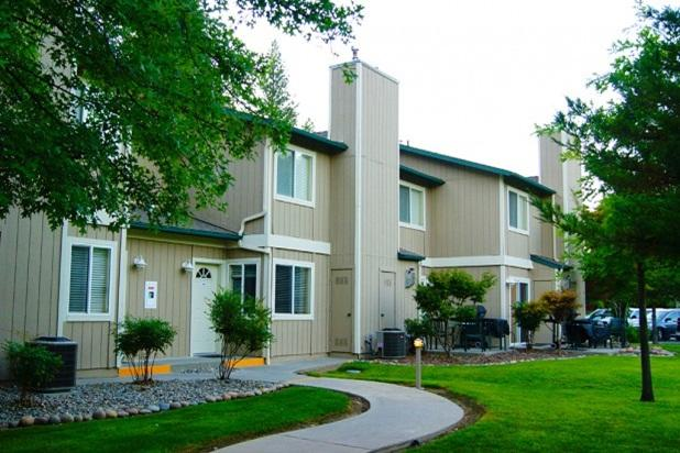 Beautiful 2 Bedroom Condo at WorldMark Bass Lake - Image 1 - Bass Lake - rentals