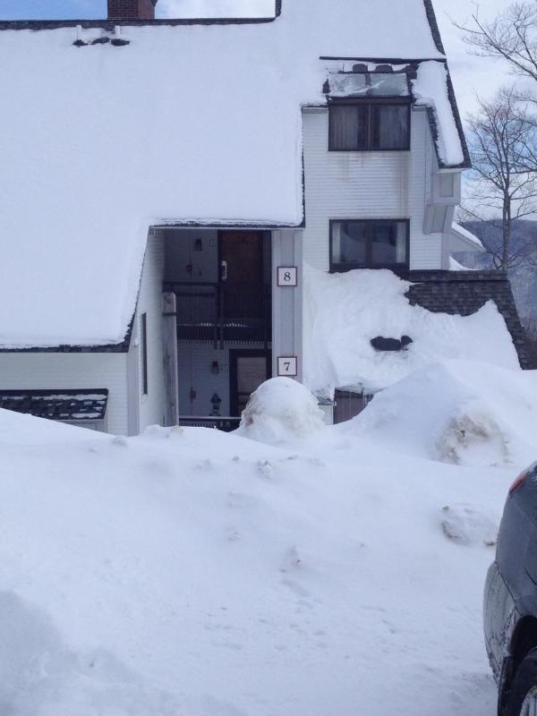 Condo Exterior - Winter - Ski-on Ski-Off 3 BR 2 BA Condo, Killington VT - Killington - rentals