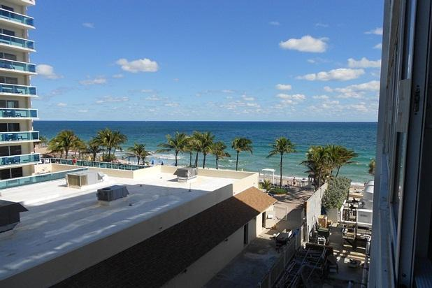 Beautiful Studio Apartment Just StepsOff the Beach - Image 1 - Fort Lauderdale - rentals