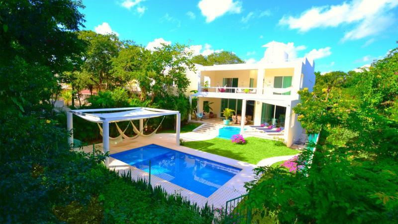 VILLA MARIPOSA 6 BDR PRIVATE POOL 2X JACUZZI - Image 1 - Playa del Carmen - rentals