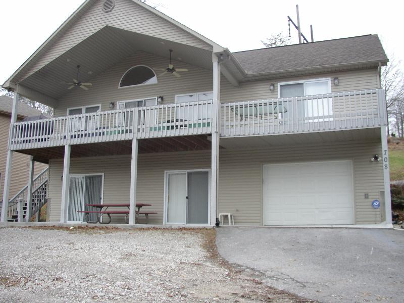 Front View - Lakefront home on Norris Lake with covered dock - Caryville - rentals