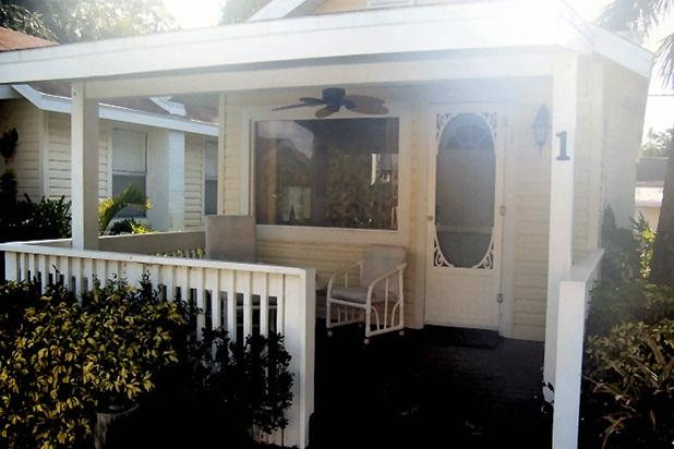 Sunset Beach Cottage - Image 1 - Treasure Island - rentals