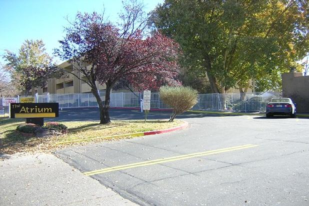 Main entrance to the Atrium - 2 Bedroom Great Location Small Gated Community - Albuquerque - rentals