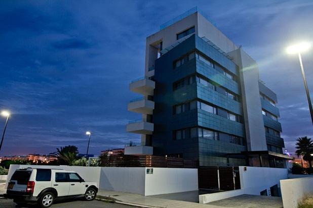 Beautiful 2 Bedroom Apartment in Marina Botafoch - Image 1 - Ibiza - rentals