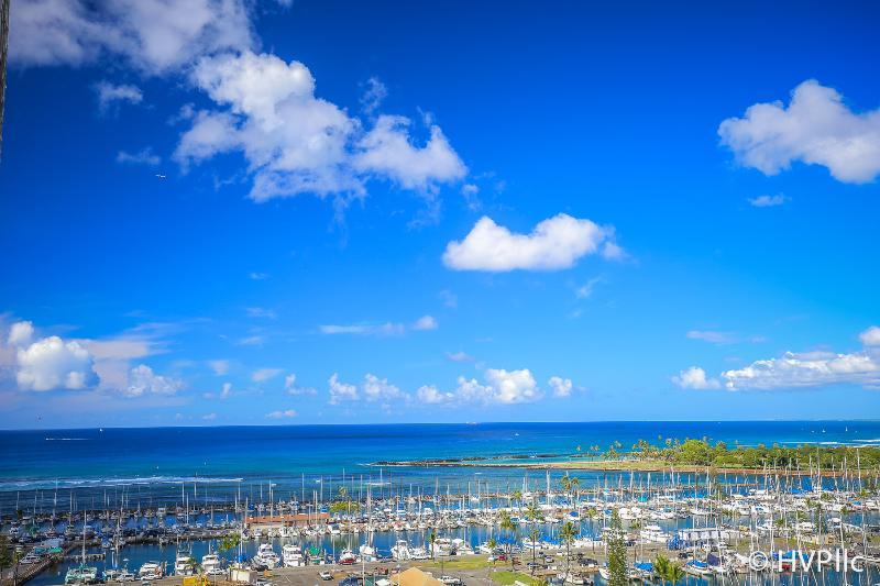 Ilikai Hotel 1333 Ocean / Sunset / Marina Views - Image 1 - Waikiki - rentals