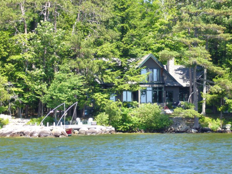 Spectacular Winnipesaukee Waterfront Rental! - Image 1 - Moultonborough - rentals