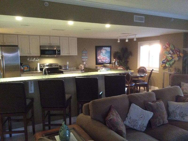 Beach Blk Luxury Condo Sleeps 12 W/ Gorgeous Ocean - Image 1 - Ocean City - rentals