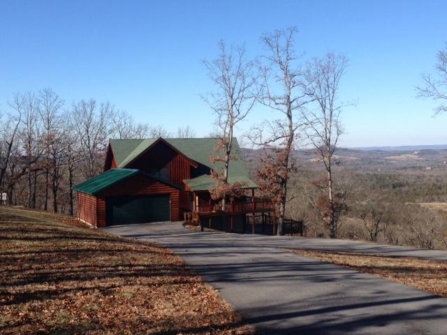 Located on 8 Acres overlooking Table Rock Lake - Image 1 - Lampe - rentals
