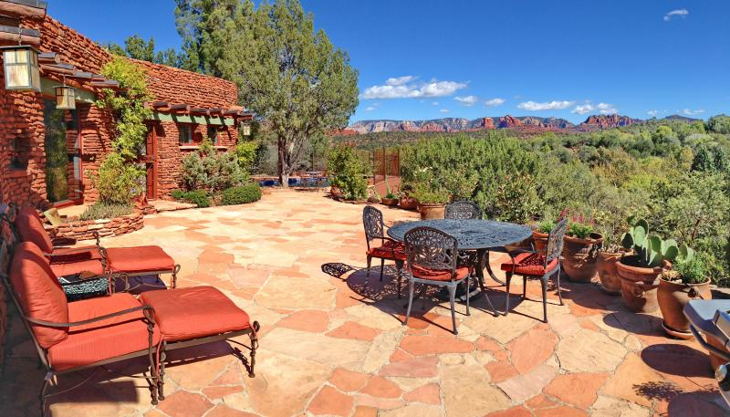 Enjoy comfortable outdoor spaces with super spectacular red rock views. - 7 Acre Historic Estate with Pool, Hot Tub & Views - Sedona - rentals