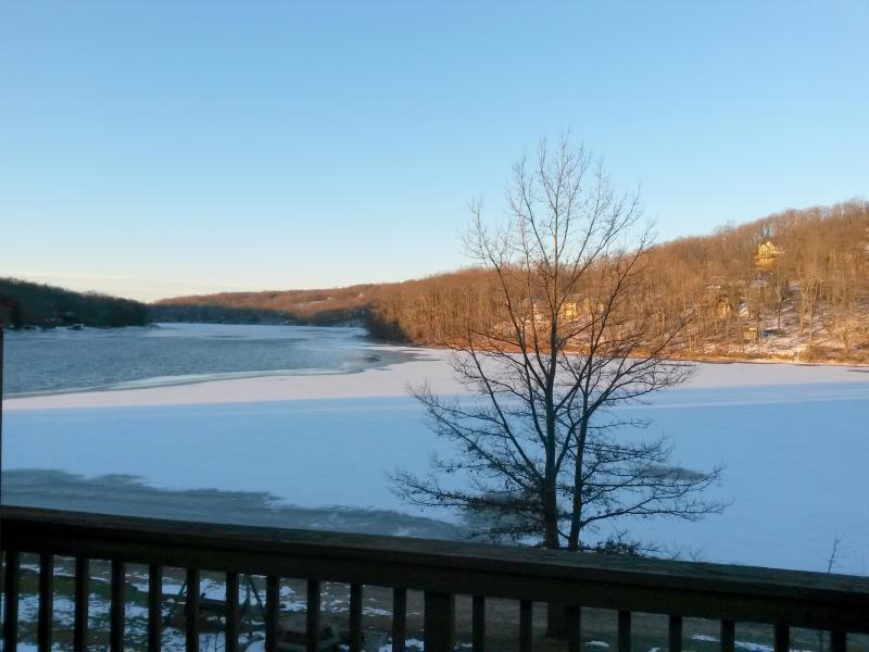 Winter view - 3Br 3Ba Ski / Direct Lake Front, 5min to Wisp - McHenry - rentals