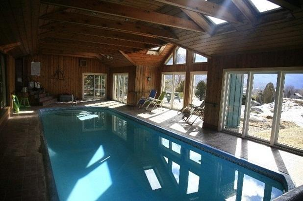 "Private Indoor Pool!  UNWIND See  site ""METTAWEE"" - Image 1 - Manchester - rentals"