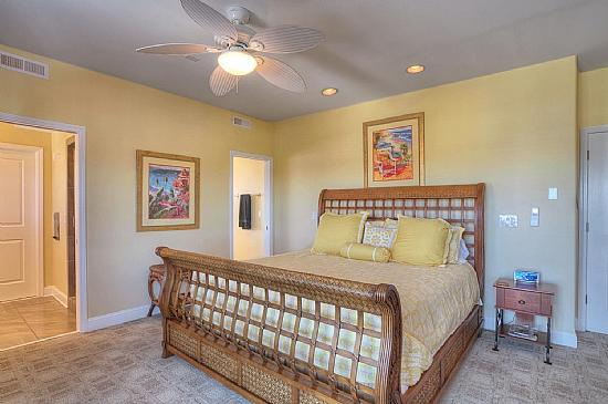 COMFY PILLOW TOP IN THIS LOVELY MASTER SUITE - Victory Master Suite, Luxury, Reasonable Pool Access & Elevator - Carolina Beach - rentals