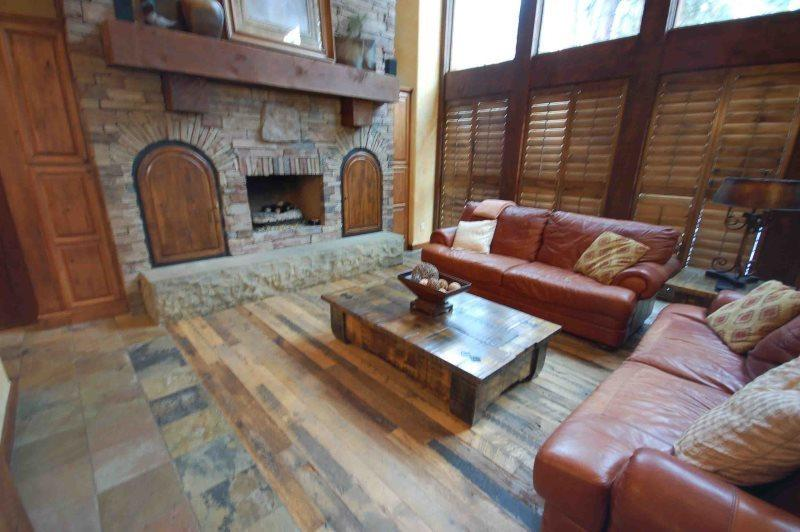 Lavish stone hearth - TimberCrest Countryside Estates - McCall - rentals