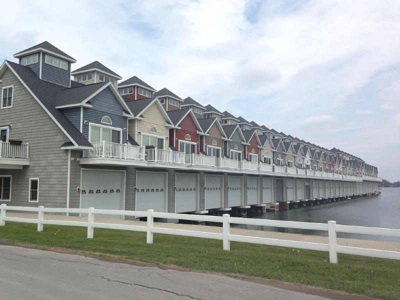 Street View of the Villas - Walk Downtown, Brand New...Boathouse Included!!! - Alexandria Bay - rentals
