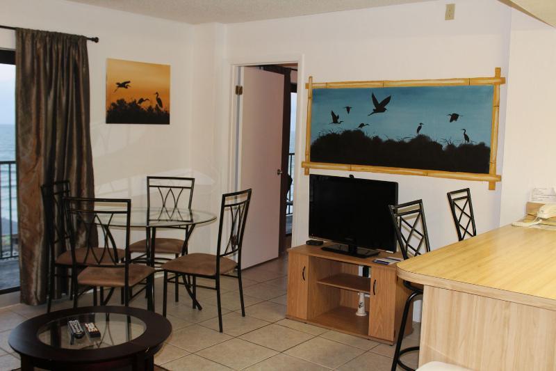 2 BDR Oceanfront Serenity Condo (sleeps 6) - Image 1 - Daytona Beach Shores - rentals