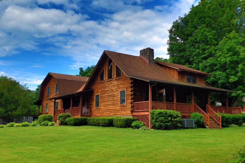 Maple Fork Lodge - Mountain Lodge Near New River and Skiing - Mount Hope - rentals