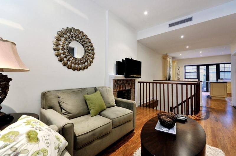 UES Private 4BDR 2.5 BATH TownHome Unit #8623 - Image 1 - Manhattan - rentals