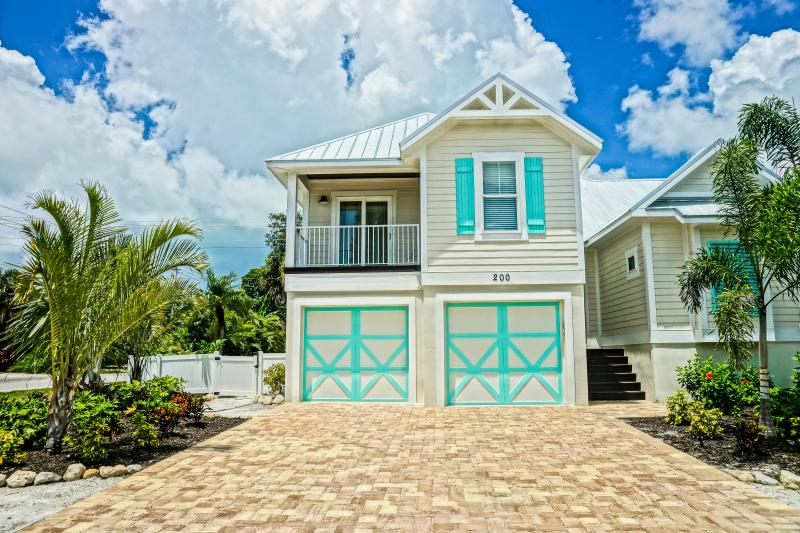 2000 INCLUDING ALL TAXES AND FEES REST OF 2016 - Image 1 - Anna Maria Island - rentals