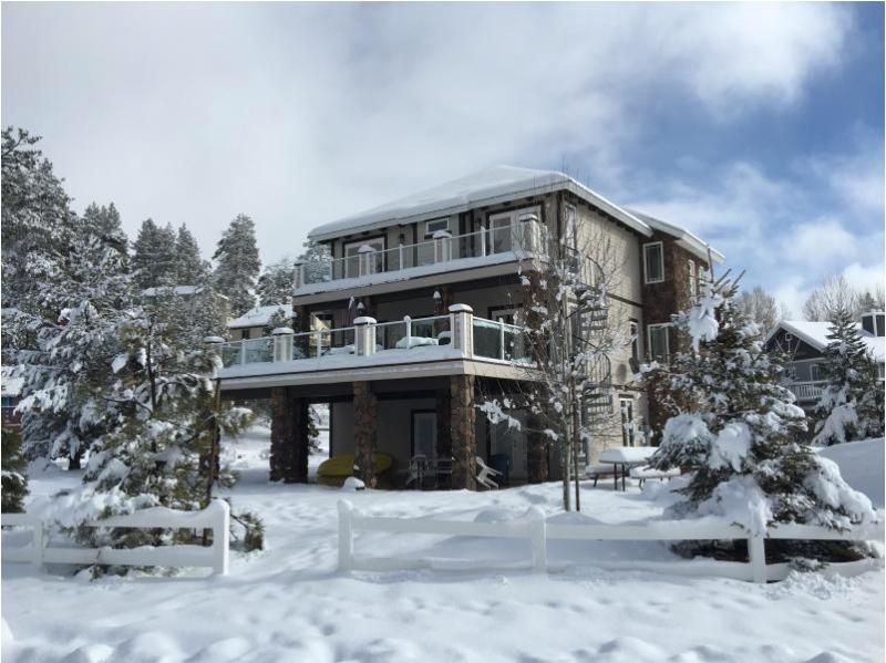 Three stories for winter fun with the family - BOULDER BAY LODGE - A WINTER WONDERLAND AWAITS! - Big Bear Lake - rentals