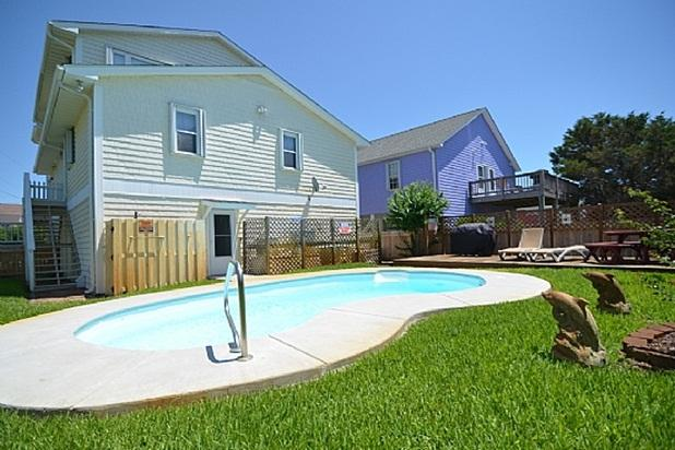 PRIVATE POOL IN FENCED-IN BACKYARD - A Shore Thing HOUSE WITH PRIVATE POOL - Kure Beach - rentals