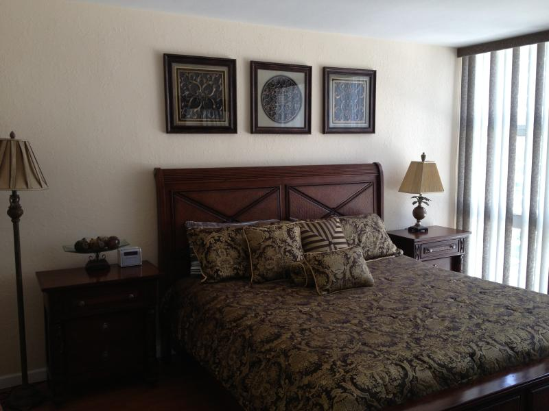 MBR - 2/2 condo directly on the beach - Fort Lauderdale - rentals