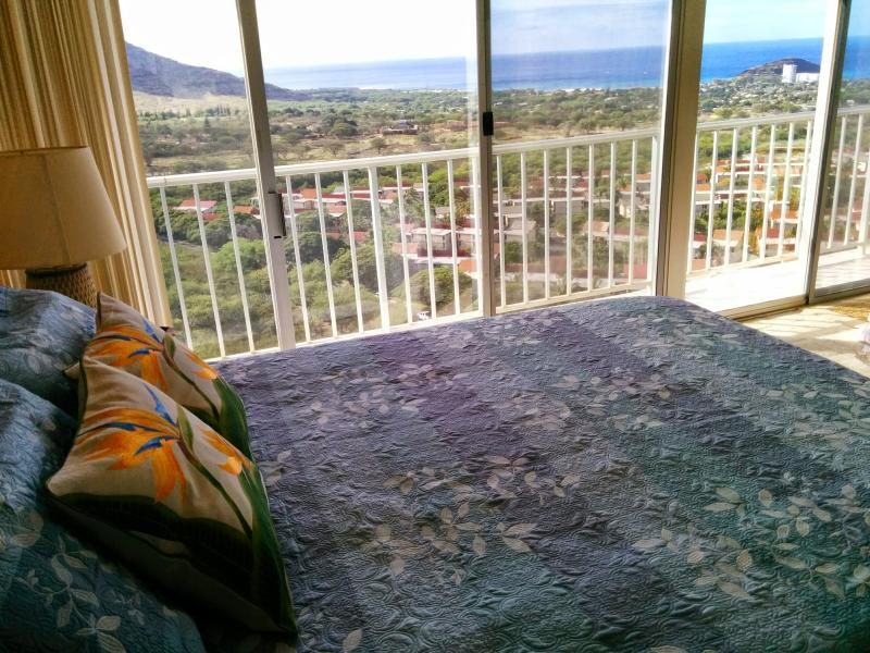 Enjoy the view before you even get out of bed in the morning! - Stunning Views, Remodeled, High Floor Condo, Wifi - Waianae - rentals