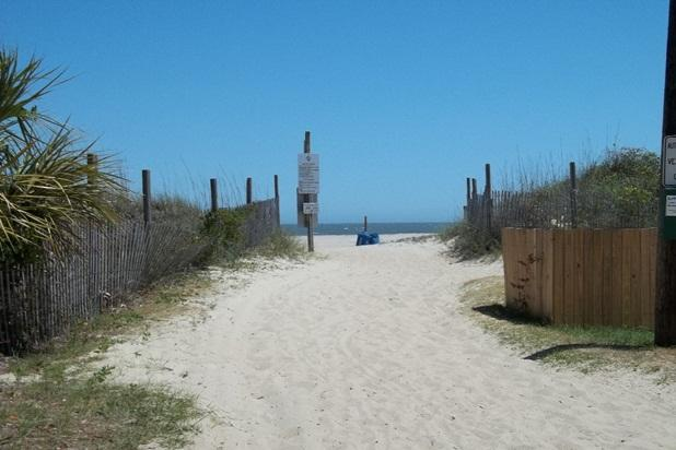 only about SEVENTY FEET to LEVEL beach access on the open ocean side of Tybee! - Oceanview L.R., Balcony and King Bedroom! - Tybee Island - rentals