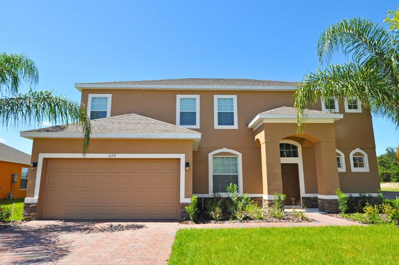 Disney Area 5 bed 4.5 bath Pool, Spa, Games, home - Image 1 - Davenport - rentals